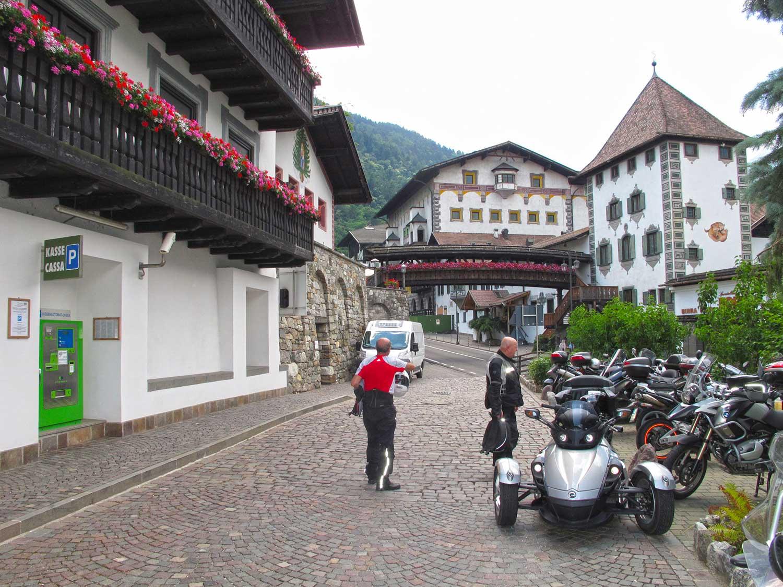Falchetti Delle Alpi 2013 Voralberg Tirolo Canton