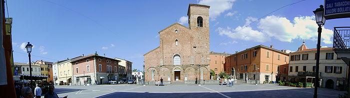 700px-Piazza_Plauto,_Sarsina
