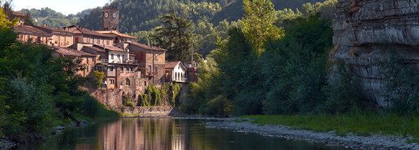 Centro_storico_e_fiume_Savio